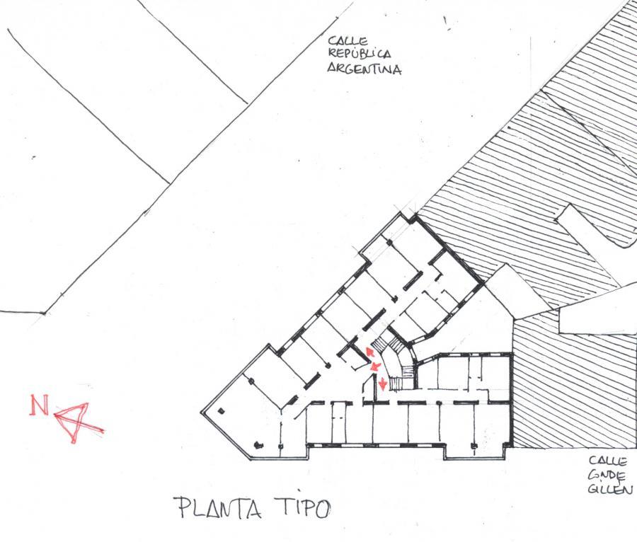 EDIFICIO C/ REPÚBLICA ARGENTINA nº 19
