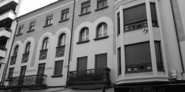 EDIFICIO C/ GIL Y CARRASCO nº 5